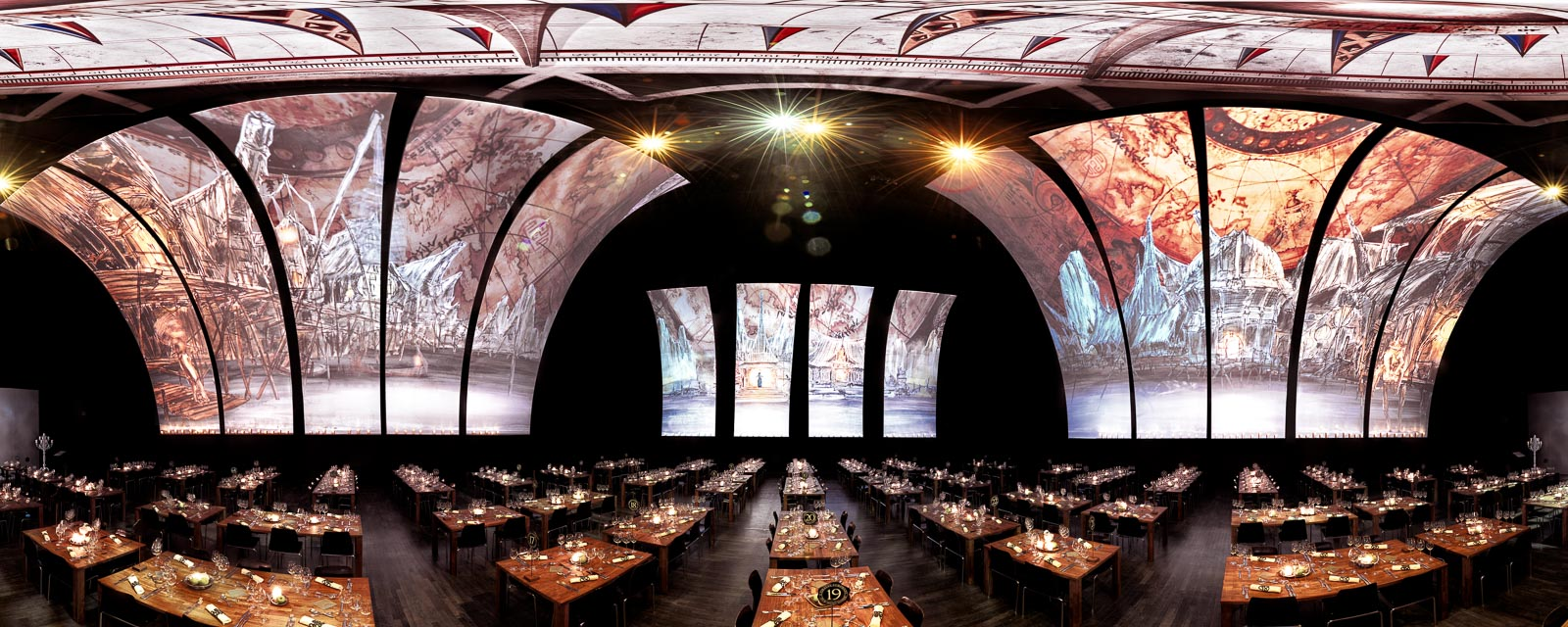 Disney Live in Concert - Pirates of the Caribbean, dine in the decorated Luzernersaal at the KKL Luceren.